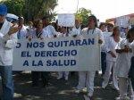 Marcha Médicos Mérida en defensa del Iahula 11 de mayo 2018 (1)