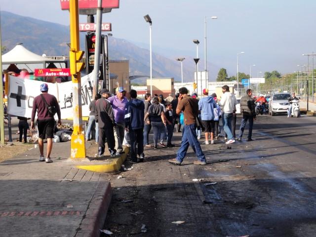 Vecinos protestas 20-02-2014 (3)(1)