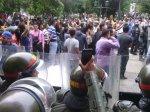Protesta dirigentes gremiales en la gobernacion 18 de mayo (2)